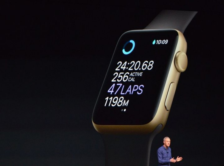 apple-iphone-watch-20160907-4173.0.jpg