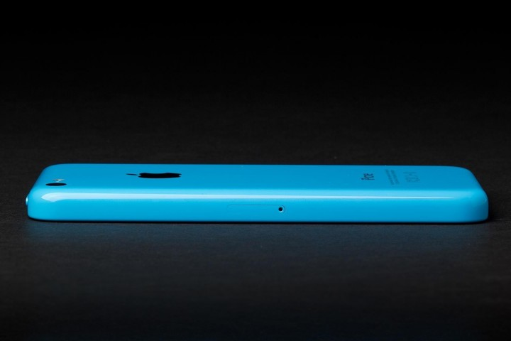 apple-iphone-5c-side-right-1500x1000.jpg