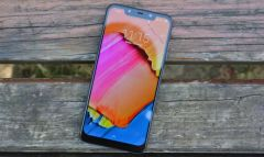 Xiaomi Pocophone F1 получит Android 10 Q и Android 11 R