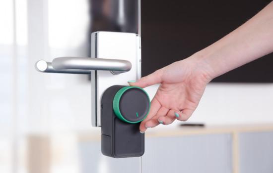 Keymitt Smart Lock превратит обычный замок в умный
