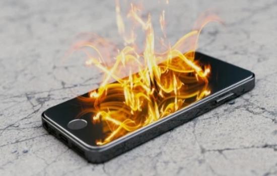 iPhone 6 загорелся в руках ребенка