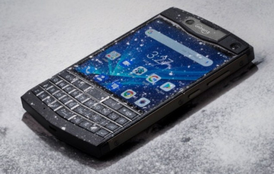 Unihertz Titan – недорогой защищенный клон BlackBerry