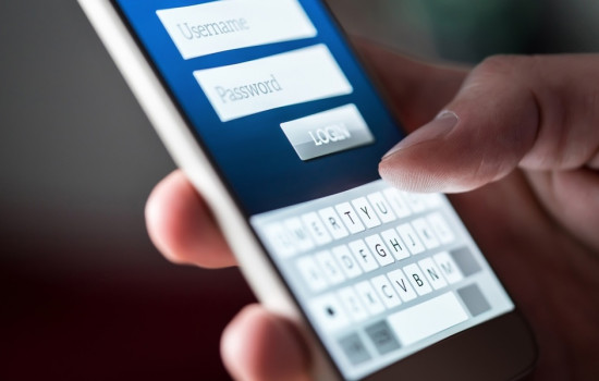 Как проверить безопасность своих паролей на iOS 14